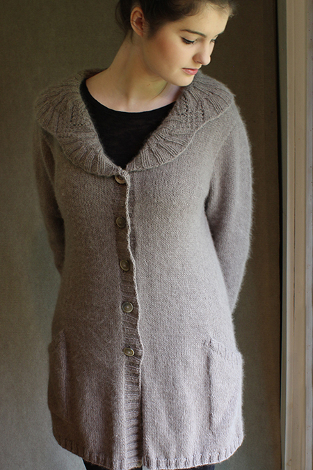 beb2f972c6df08 Rain Falling on Cedars Top-down cardi with a knockout collar and slanted  pockets